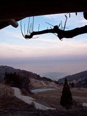 岩首の棚田からみる夕日
