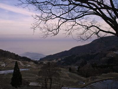 佐渡島 岩首 棚田から見る夕暮れ時の日本海