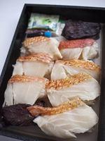 肉厚の金目鯛と紫蘇と梅じゃこご飯巻