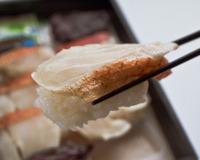 肉厚の金目鯛の切り身が食感を楽しませてくれます