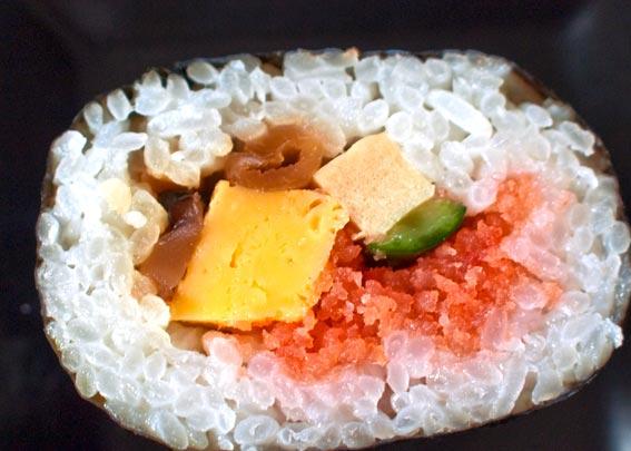 http://norakuri.jp/know/img/clip/ehou/lowson-slice.jpg